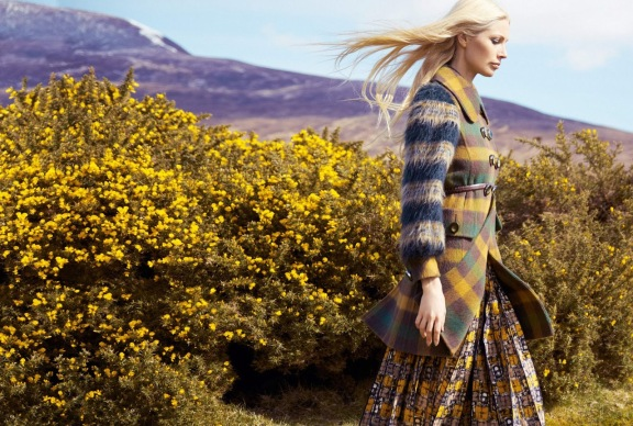 kristy-hume-by-erik-madigan-heck-harpers-bazaar-uk-september-2015-01
